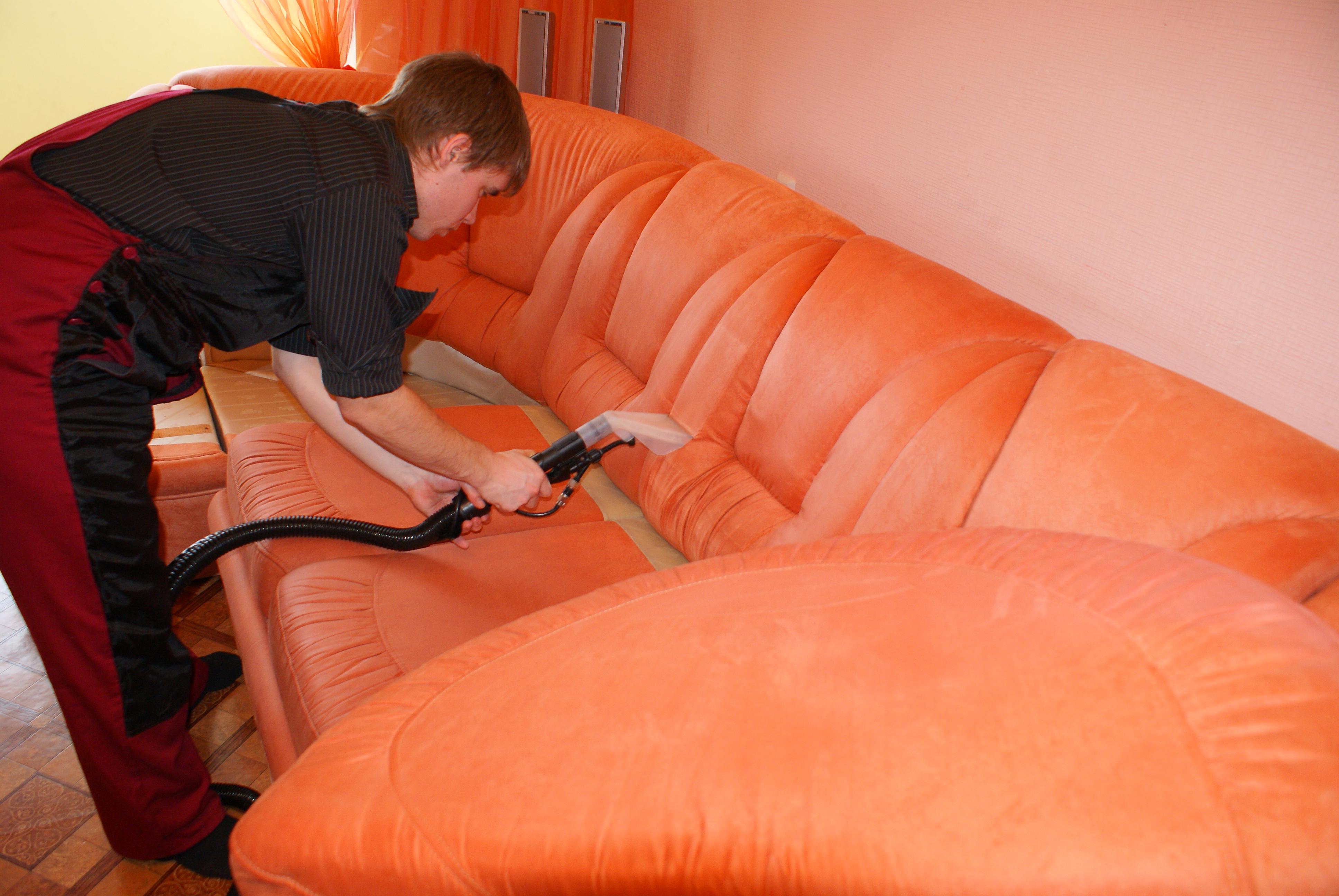 Сухая чистка для диванов в домашних условиях 950